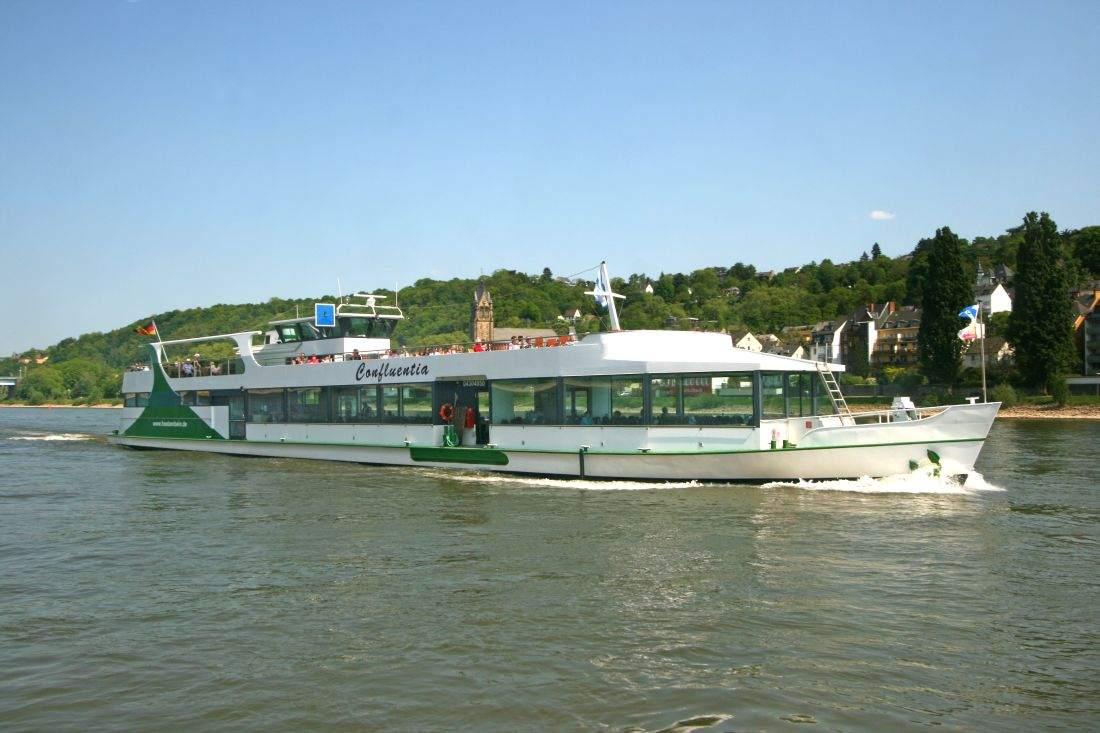 Rheinschifffahrt mit der Rheinschifffahrt Hölzenbein GmbH ...